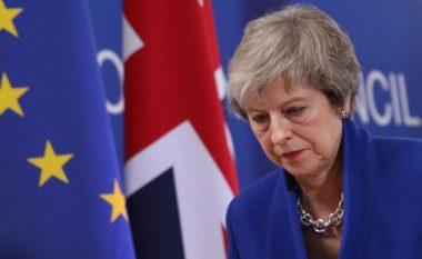 Parlamenti britanik i thotë JO marrëveshjes së kryeministres May për BREXIT-in