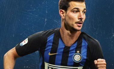 Zyrtare: Cedric Soares, lojtar i ri i Interit