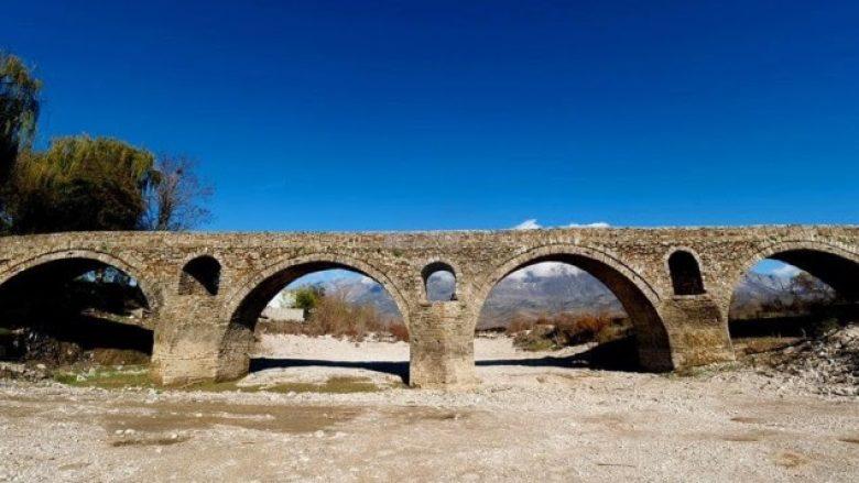 Ura 200 vjeçare që lidhë tri qytete shqiptare (Foto)