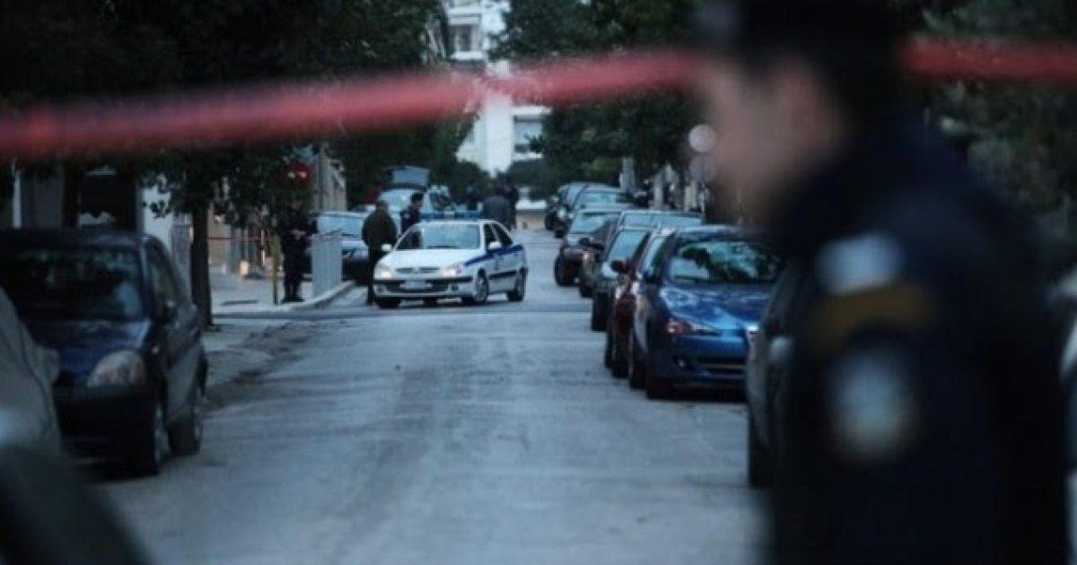 Shqiptari qëllon gruan me thikë, 45 vjeçarja në koma në spitalin e Athinës