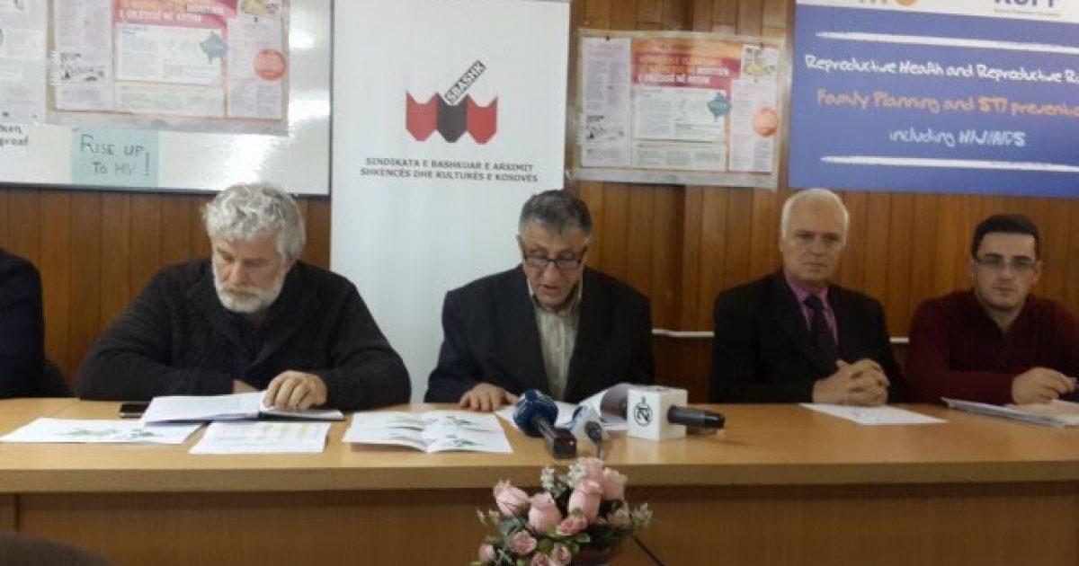Mësimdhënësit në grevë nga 14 janari