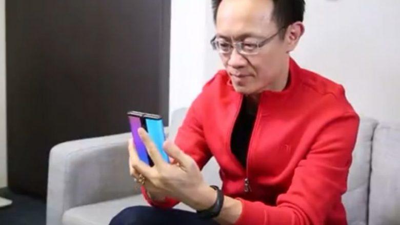 Xiaomi promovon sërish telefonin e tyre të palosshëm