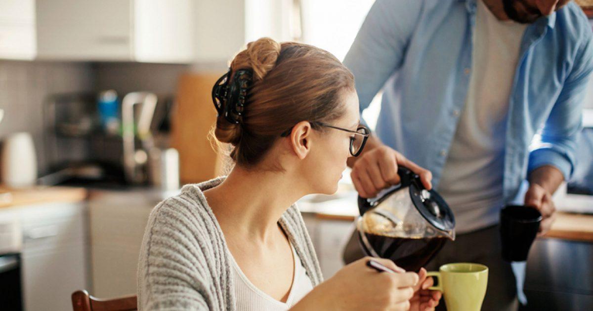 si-t-i-hiqni-kalorite-nga-kafja-e-mengjesit-10-menyra-te-thjeshta-efektive