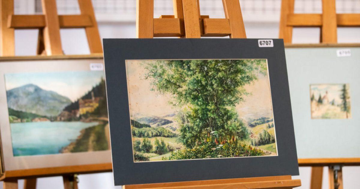 Pikturat e Hitlerit në shitje, por askush nuk është i interesuar