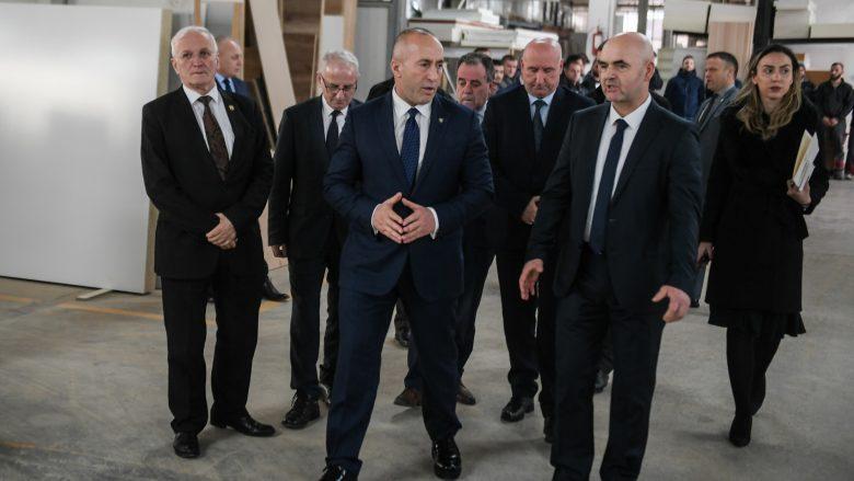 Haradinaj: Më shumë përkrahje për prodhuesit vendor