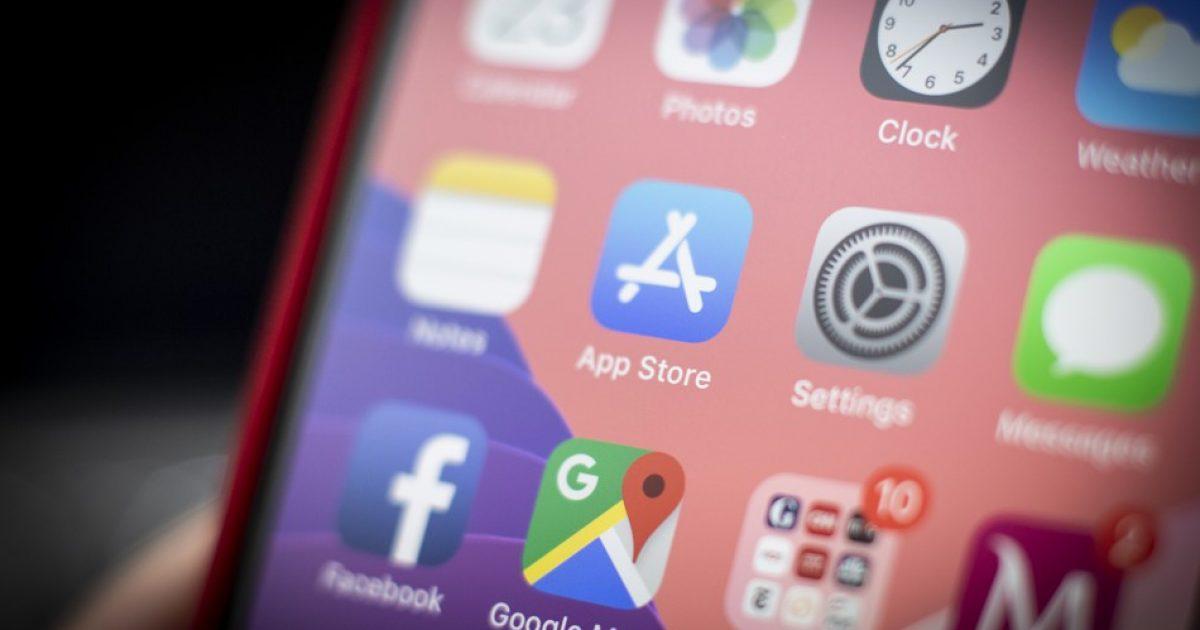 Apple ndërmerr masa ndaj aplikacioneve, të dyshuara për marrjen e pamjeve të aktiviteteve nga ekranet e iPhonëve