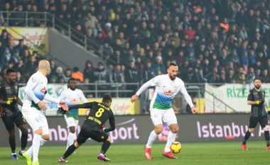Vedat Muriqi nuk ndalet, shënon sërish në fitoren e Rizespor
