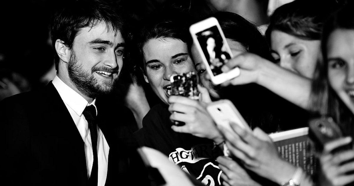 Daniel Radcliffe: Njerëzit mendojnë se të qenit i pasur, nuk keni të drejtë të mërziteni