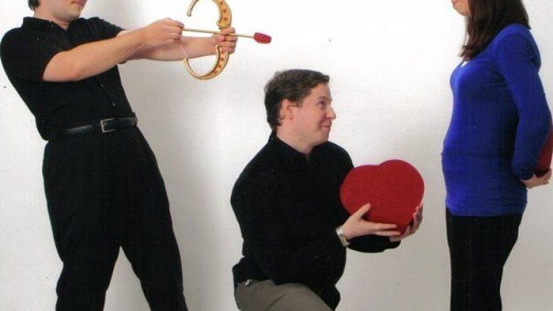 Fotografitë më bizare ndër vite gjatë festimit të Shën Valentinit (Foto)