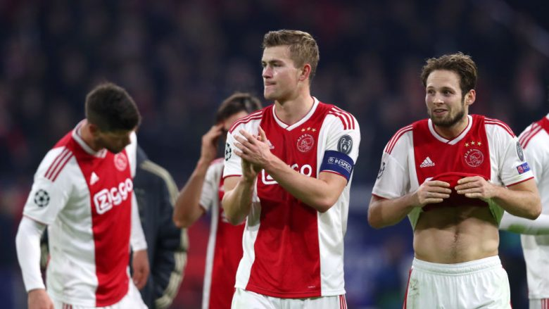 AMSTERDAM, NETHERLANDS - DECEMBER 12:  Matthijs de Ligt of Ajax reacts after the match during the UEFA Champions League Group E match between Ajax and FC Bayern Muenchen at Johan Cruyff Arena on December 12, 2018 in Amsterdam, Netherlands.  (Photo by Dean Mouhtaropoulos/Getty Images)