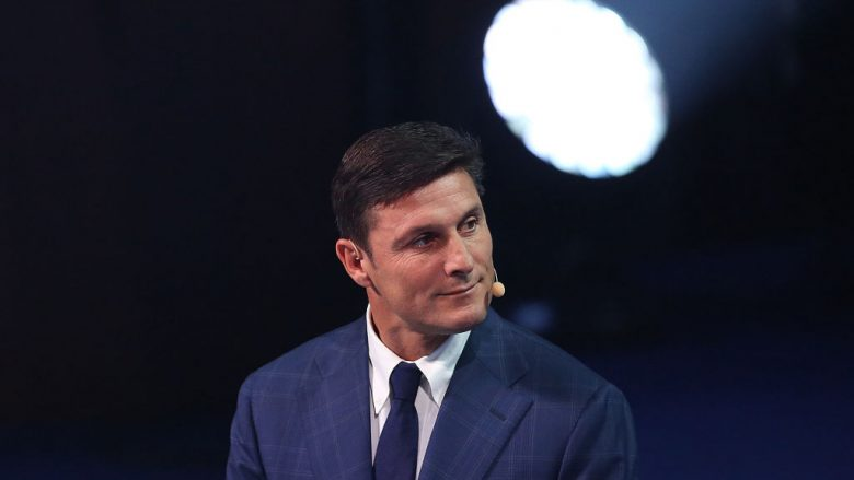 RIO DE JANEIRO, BRAZIL - JANUARY 24: Argentine former player Javier Zanetti smiles during the Copa America 2019 Official Draw at Cidade das Artes on January 24, 2019 in Rio de Janeiro, Brazil. (Photo by Bruna Prado / Getty Images)