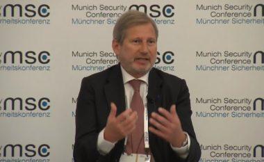 Hahn: Thaçi dhe Vuçiq të punojnë për gjetjen e një zgjidhje të qëndrueshme