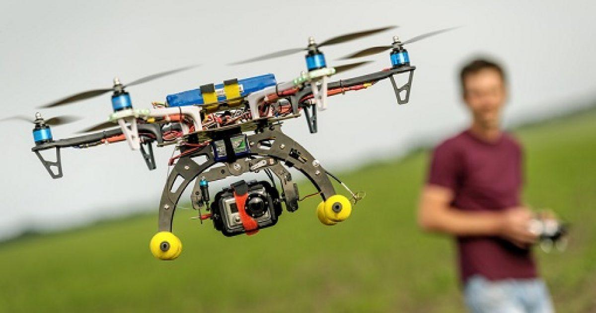 Ligjet e reja amerikane kërkojnë që dronët të kenë targa speciale