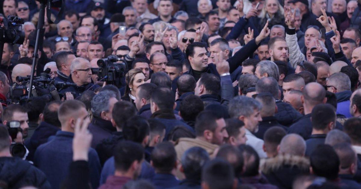 Basha: Beteja përfundon me largimin e qeverisë