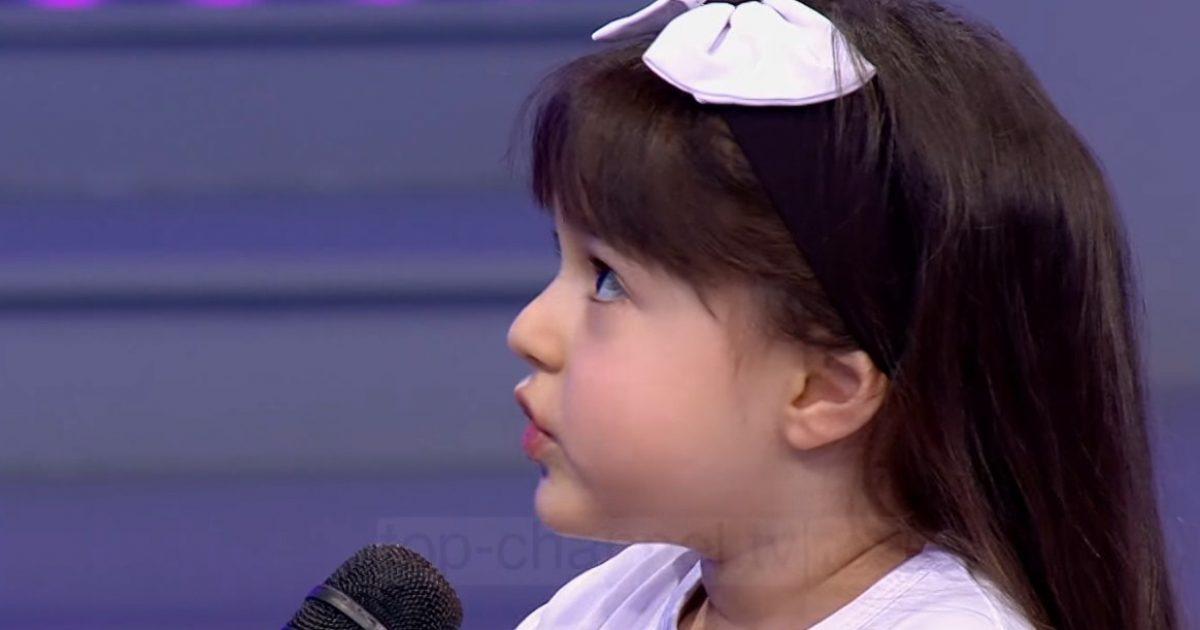 Kjo është vogëlushja e 'A të qaj 5 minuta'? (Video)