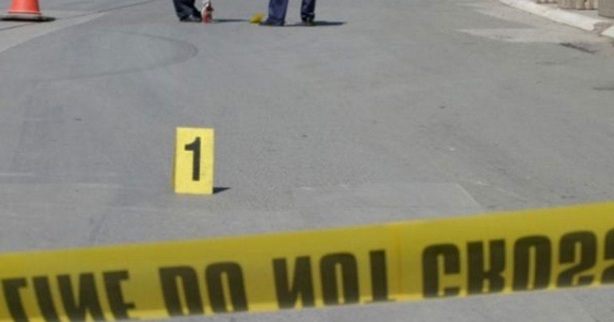 Aksident me vdekje në Elbasan, makina përplas 24-vjeçarin dhe largohet