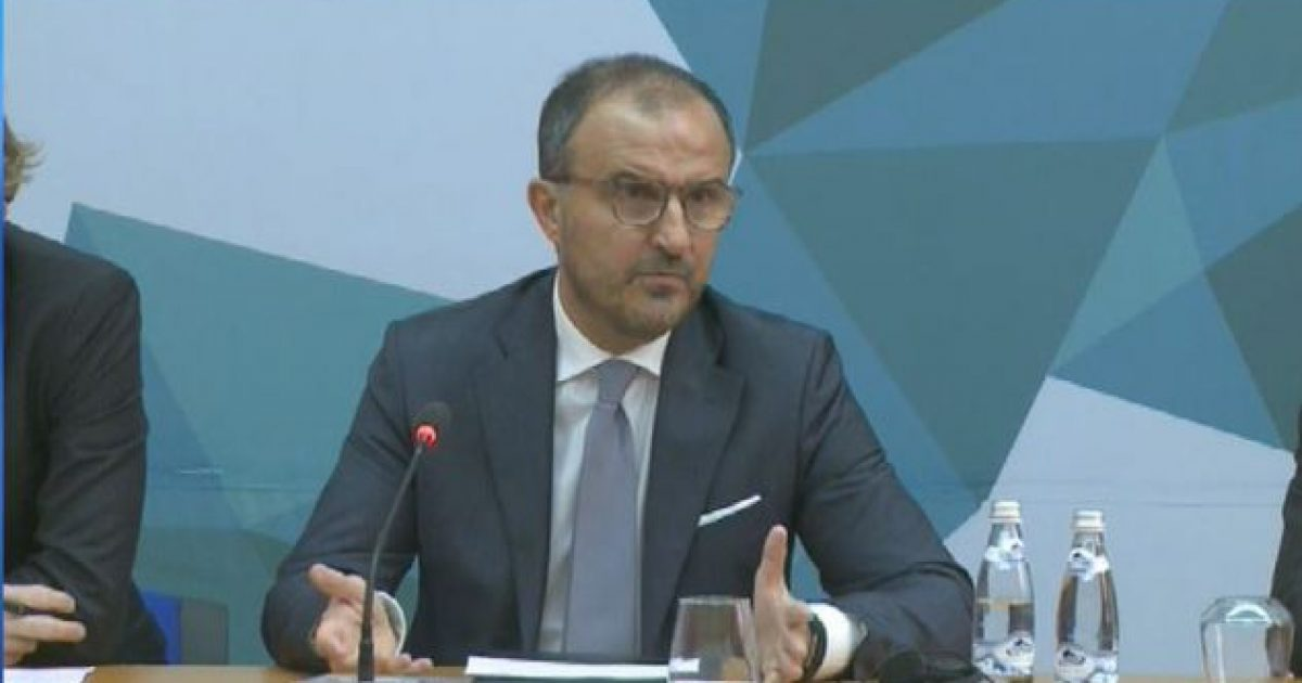Ambasadori i BE-së në Tiranë: Heqja dorë nga mandatet, minon procesin integrues të Shqipërisë