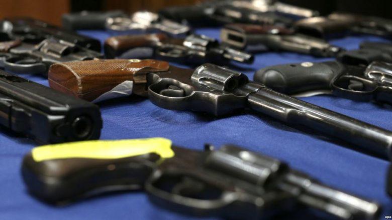Nga dhjetori i vitit të kaluar u legalizuan afro 300 armë, afati vazhdon deri në qershor