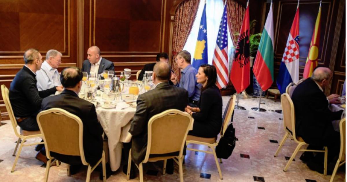 Haradinaj iu shtron mëngjes amerikanëve: Jemi të bekuar me miqësinë e tyre