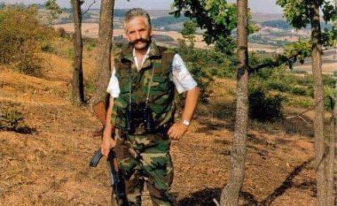 Besarta kujton babain e saj Hamëz Jasharin, në datëlindjen e tij