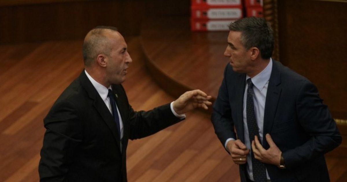 Analistët thonë se zgjedhjet nuk i konvenojnë as Veselit, as Haradinajt