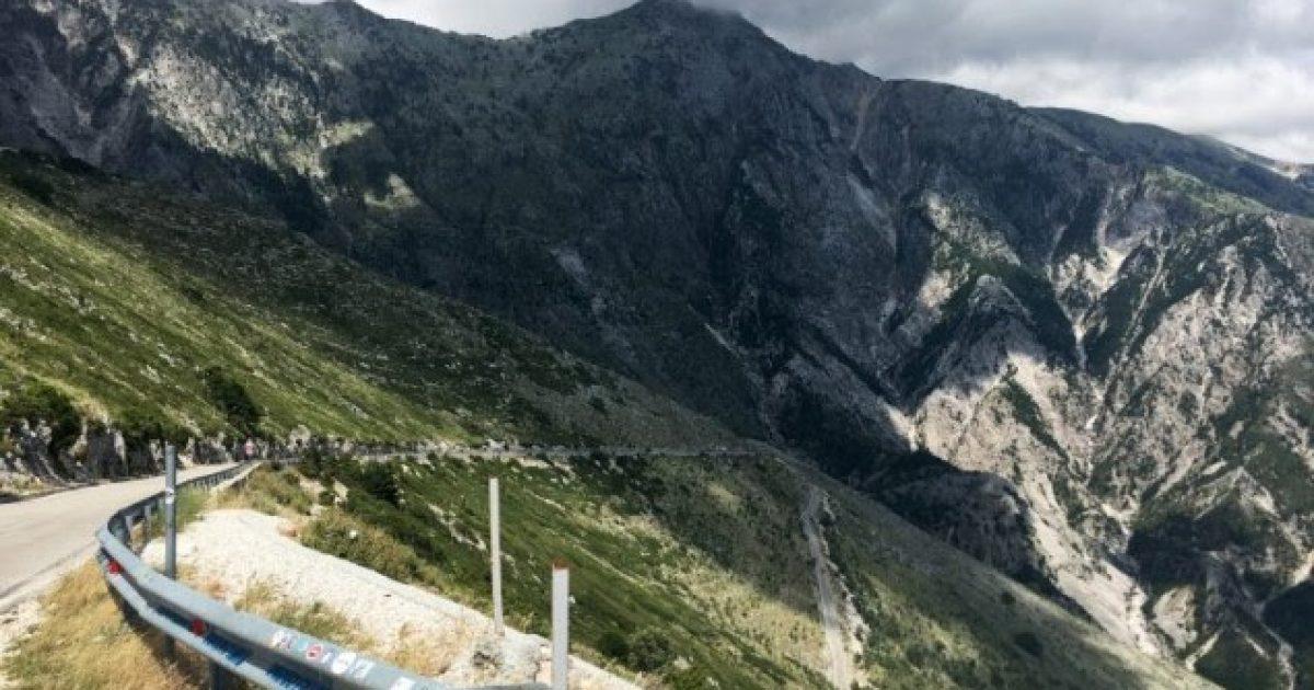 IOL: Në Shqipëri, ku shëtitja është një argëtim kombëtar