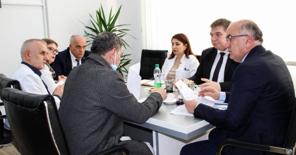 Epidemia e gripit, formohet Komiteti për përcjellën e gjendjes epidemiologjike
