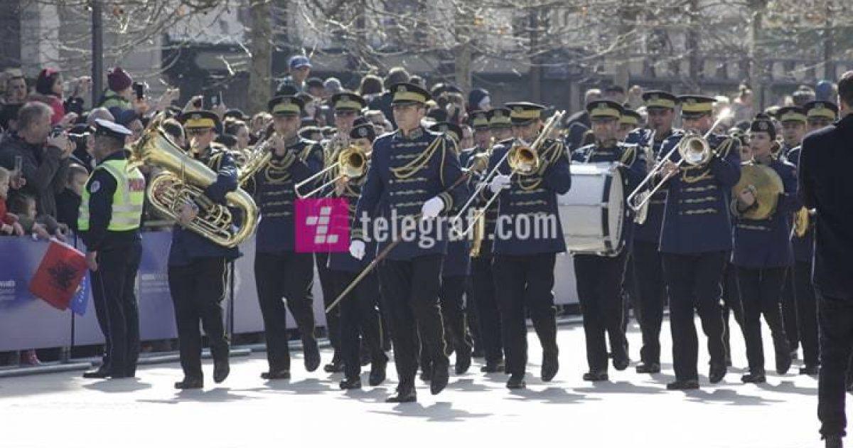 Parakalimi i FSK-së për 11 vjetorin e Pavarësisë së Kosovës (Video/LIVE)