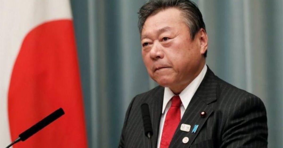 Vonohet tre minuta në takim, ministri japonez kërkon falje