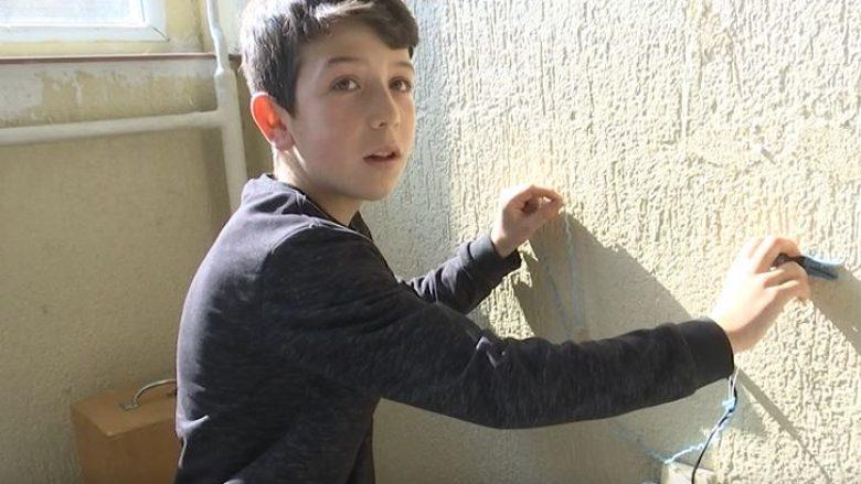 12 vjeçari nga Mitrovica, gjeniu i pajisjeve elektronike