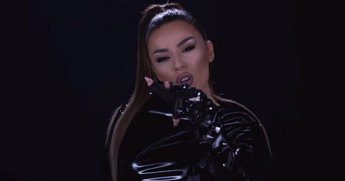 """Tayna lanson klipin e """"Ring Ring"""", thotë se është këngë personale për të"""