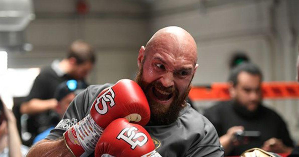 Dieta që e ndihmoi Tyson Fury-n t'i humb 65 kilogramë