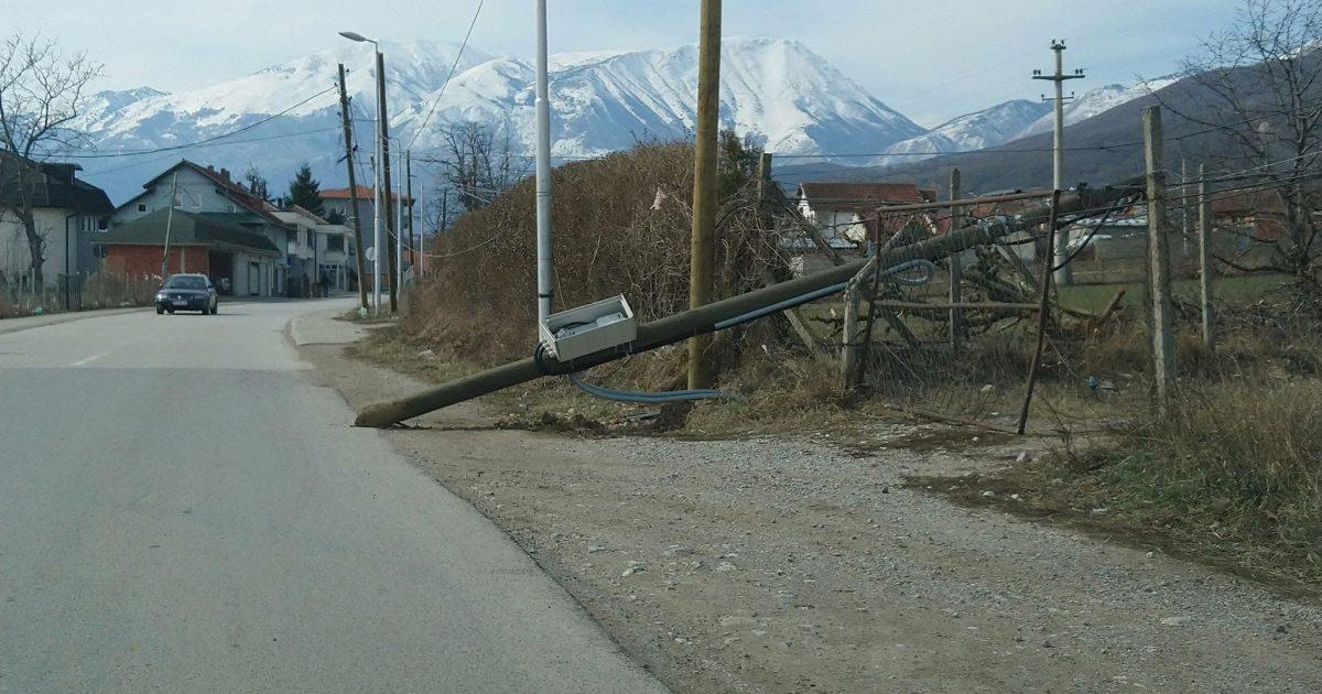 Rrëzohet shtylla elektrike në Vrellë të Istogut