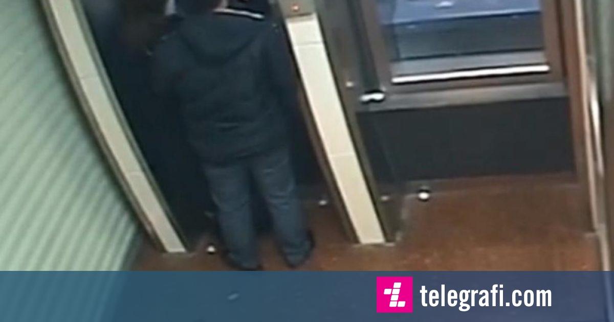 Hajni ia kthen paratë e vjedhura gruas pranë bankomatit, kur e kupton se nuk kishte tjera në llogari – kamerat e sigurisë filmojnë gjithçka (Video)