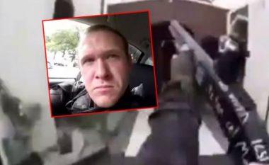 Masakra në Zelandë të Re, sulmuesi kishte qëlluar në hyrje të xhamisë personin që e kishte përshëndetur - nuk e kishte ditur kush ishte
