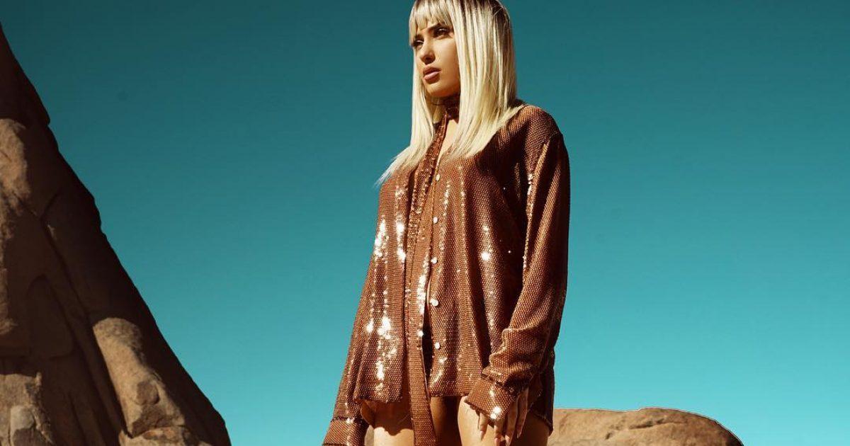 Me taka të larta në shkretëtirë, Anxhelina Hadërgjonaj shfaqet mahnitëse në imazhin e fundit