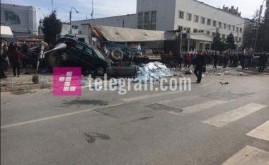 Një i vdekur dhe 23 të lënduar nga aksidenti në Gjilan (Foto/Video)
