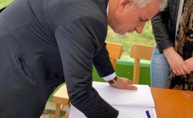 Në Suharekë mblidhen mbi 11 mijë nënshkrime për shfuqizimin e Ligjit për Lojërat e Fatit