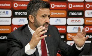 Tifozët e ofenduan, Panucci: I kuptoj, por këta lojtarë i kemi