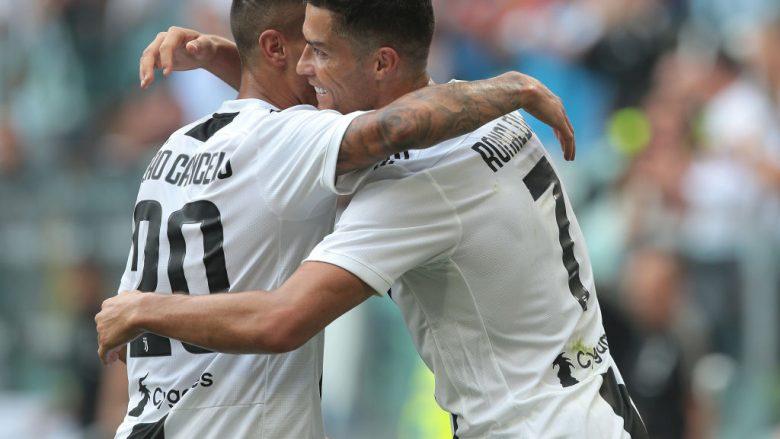Cristiano Ronaldo e Joao Cancelo .  (Photo by Emilio Andreoli/Getty Images)