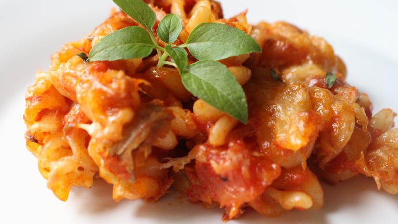 Makarona me mish toni për drekë apo darkë të shpejtë