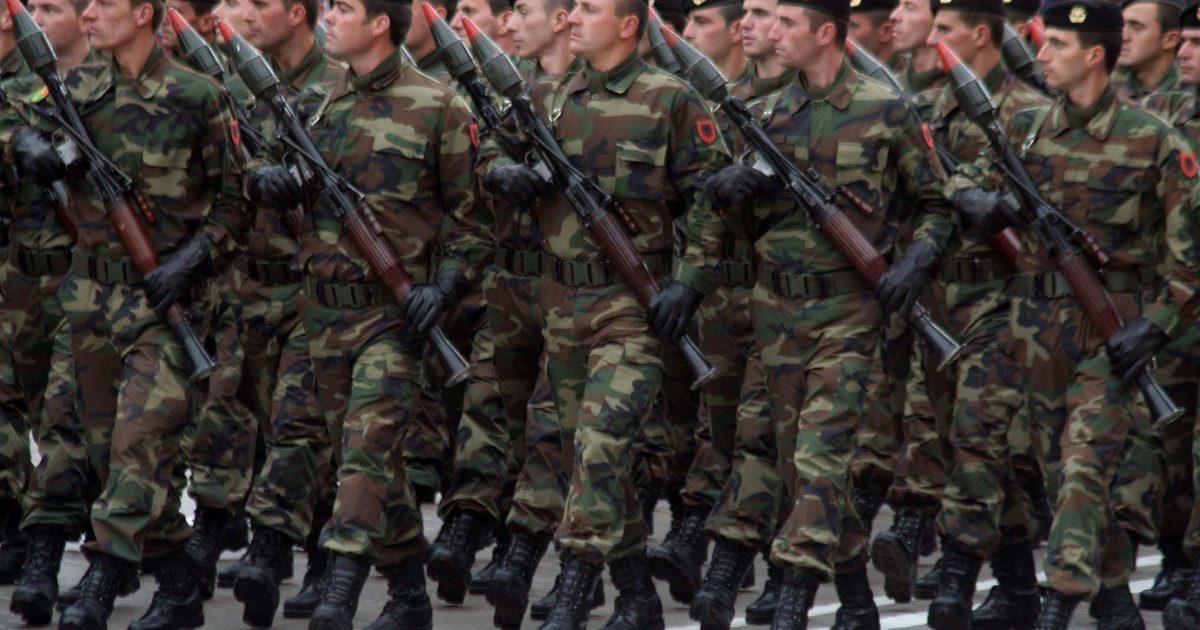 Shqipëria udhëheq me dërgimin e trupave ushtarake në operacionet e NATO-s