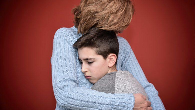 E dini sa ditë fëmija duhet të mungojë nga shkolla kur ka grip, fruth apo diarre?