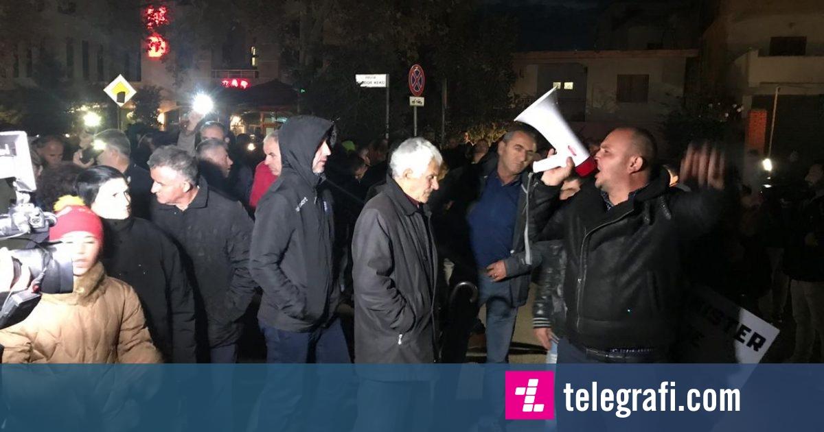 Përshkallëzohet protesta tek Unaza e Re, banorët bllokuan për katër orë rrugën