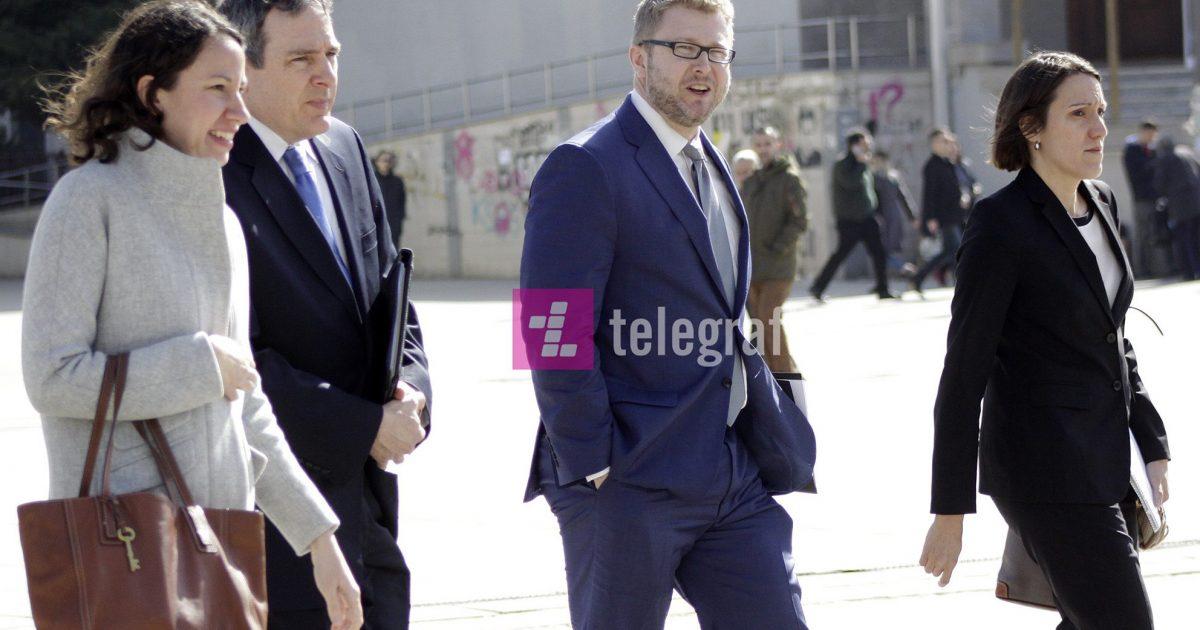 Vizita e zyrtarëve të lartë amerikanë në Kosovë, porosi e qartë për pezullim të taksës dhe vazhdim të dialogut