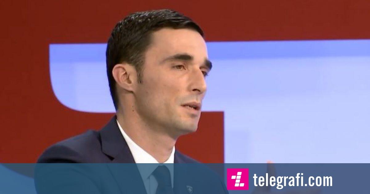 Ministri Shala kërkon falje për gjuajtjen me armë: Nuk e dija që përdorimi i armës me gaz është vepër penale (Video)