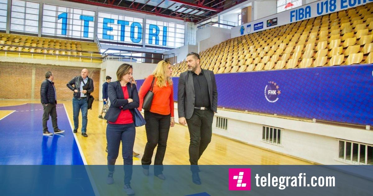 """Zyrtarët e FIBA-s përfunduan vizitën në Prishtinë, kërkojnë të bëhen investime në palestrën """"1 Tetori"""""""