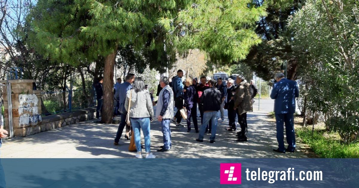 Opozita shqiptare proteston edhe në Greqi
