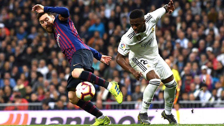 Lionel Messi dhe Vinicius Junior gjatë një dueli (Foto: David Ramos/Getty Images/Guliver)