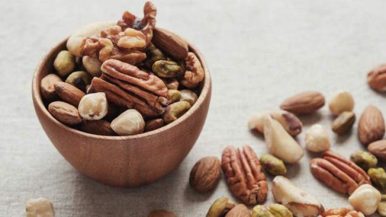 Konsumimi i frutave arrore e përmirëson funksionin e trurit deri në 60%